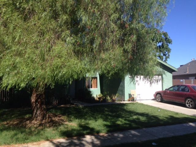 2721 N Hulbert Ave, Fresno, CA 93705