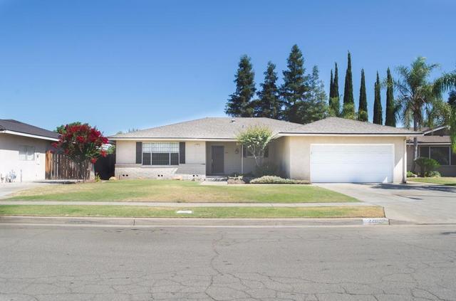 2262 E Magill Ave, Fresno, CA 93710