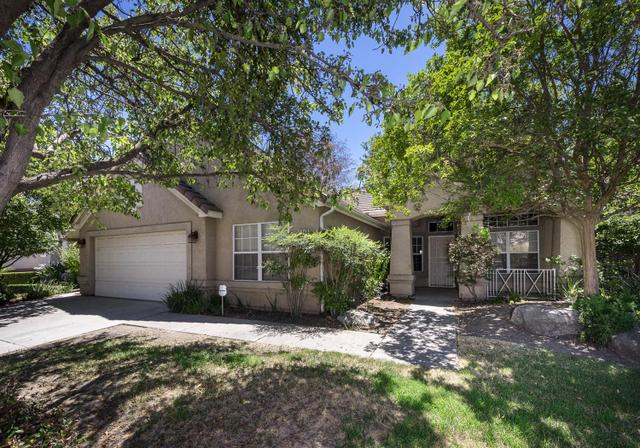 4643 W Laurendale Dr, Fresno, CA 93722
