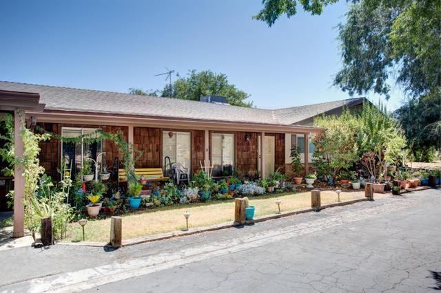 5645 E Copper Ave, Clovis, CA 93619