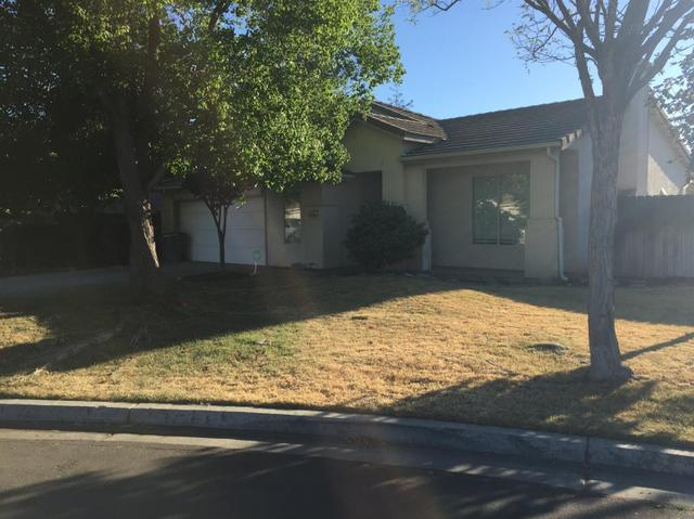 2416 S Phillip Ave, Fresno, CA 93727