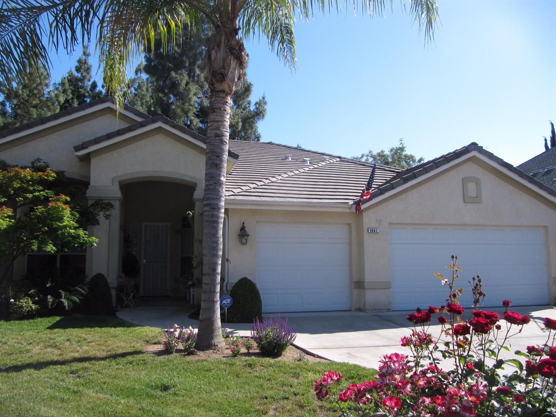 1041 E Niles Avenue, Fresno, CA 93720