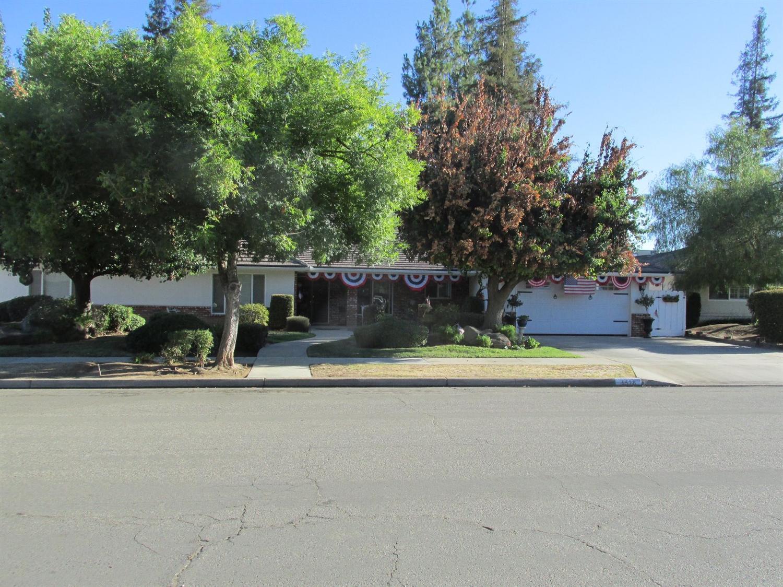 1528 W Warner Ave, Fresno, CA 93711