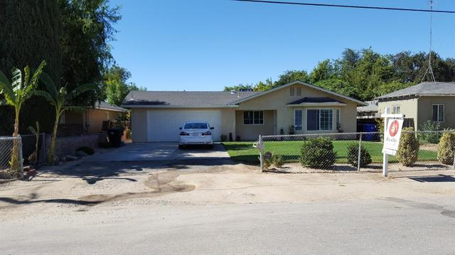 67 E Hopkins Ave, Fresno, CA 93706
