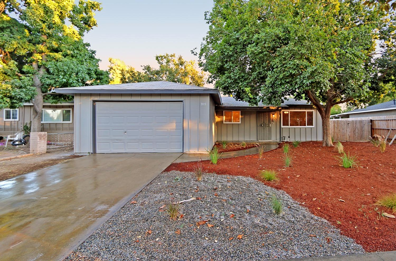 3115 W Santa Ana Ave, Fresno, CA 93722