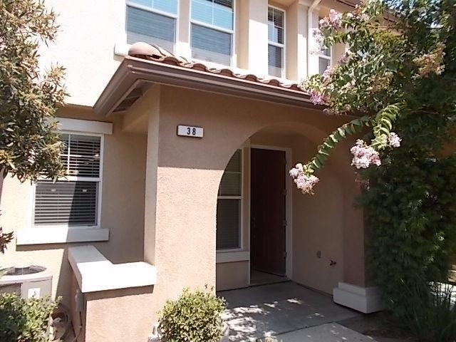 1158 W Walter Ave #38, Fowler, CA 93625