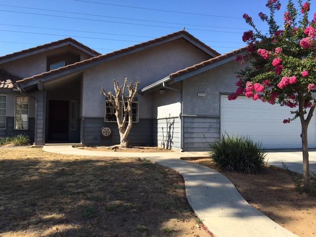 2474 Escalon Ave, Clovis, CA 93611
