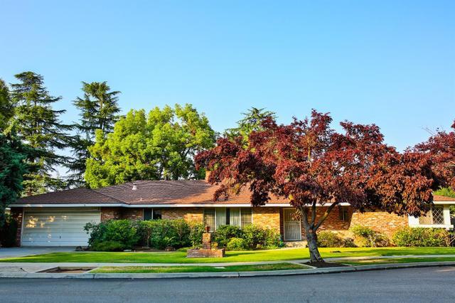 1227 W Sample Ave, Fresno, CA 93711