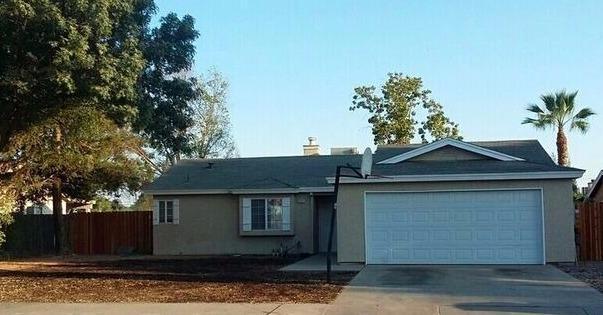2397 Northview St, Selma, CA 93662