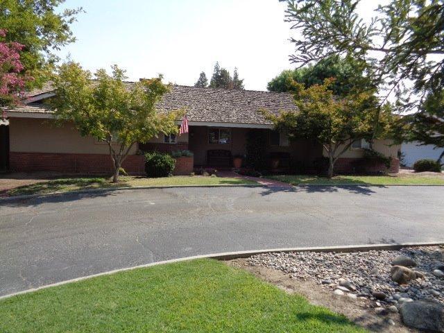 1921 Stroud Ave, Kingsburg, CA 93631