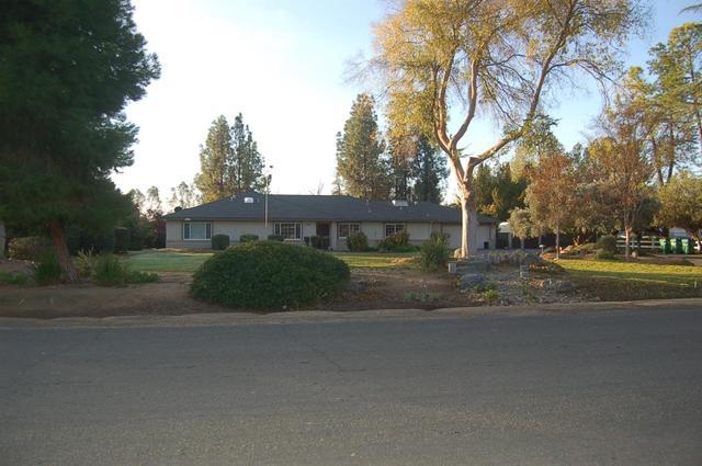 9709 E Mesa Ave, Clovis, CA 93619