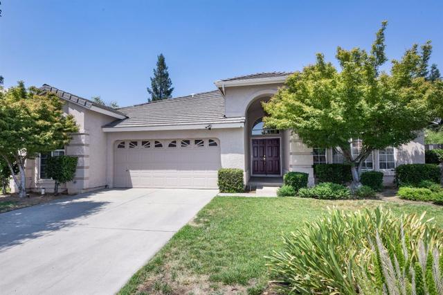 2116 E Portland Ave, Fresno, CA 93720