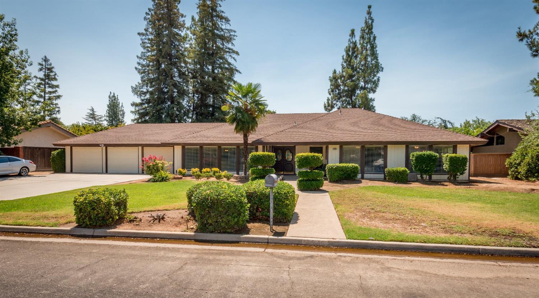 2545 W San Madele Ave, Fresno, CA 93711