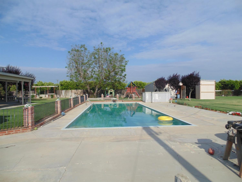 20212 Avenue 344, Woodlake, CA 93286