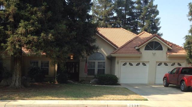 2528 E Princeton Ave, Visalia, CA 93292