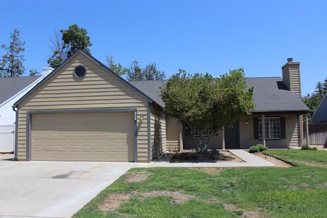 981 N Adler Ave, Clovis, CA 93611
