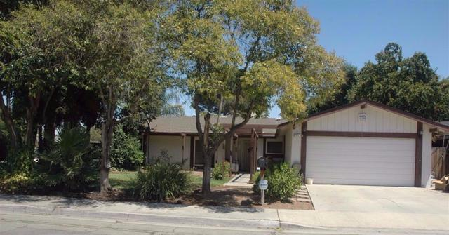 815 Miami Ave, Clovis, CA 93611