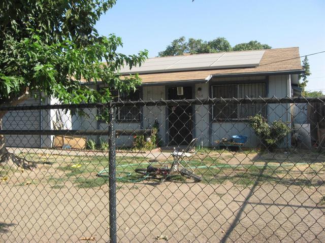 264 W Roy Ave, Fresno, CA 93706