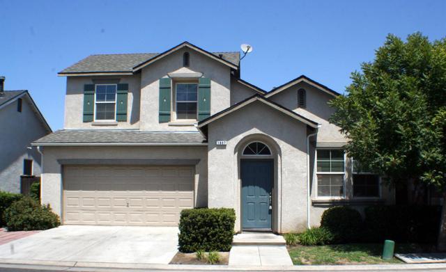 1667 Glen Dunbar Ln, Clovis, CA 93619