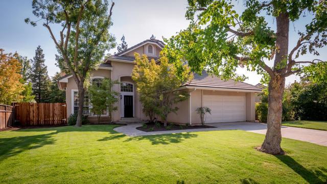 867 E Newcastle Ln, Fresno, CA 93720