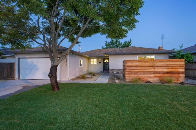 5631 N Anna St, Fresno, CA 93710