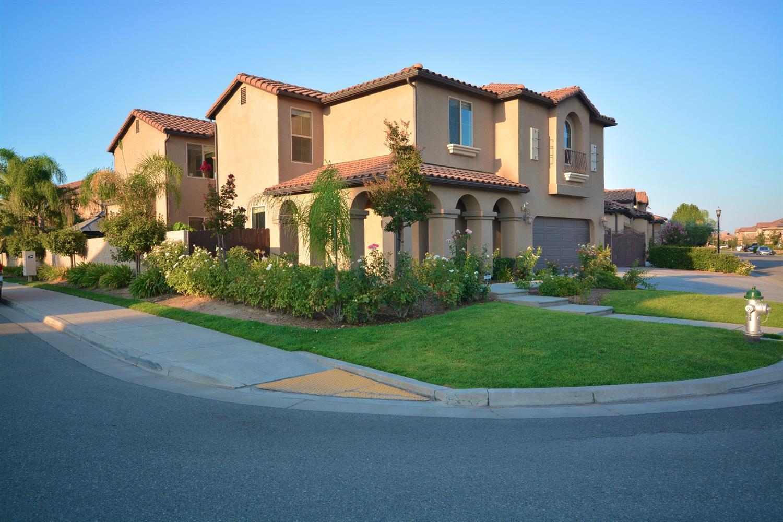 11368 N Viaduct Milano Way, Fresno, CA 93730