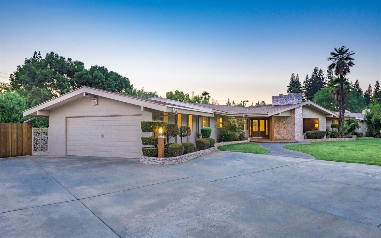 5341 N Van Ness Boulevard, Fresno, CA 93711