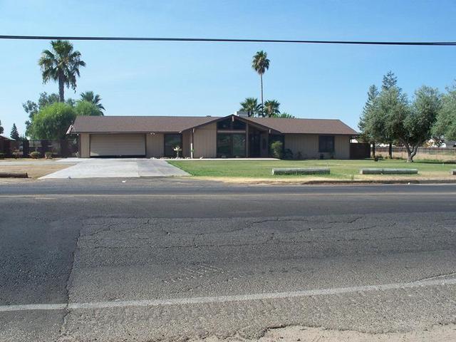 4455 W Mckinley Ave, Fresno, CA 93722