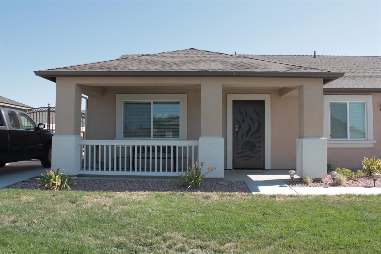 2125 Deer Creek Avenue, Corcoran, CA 93212