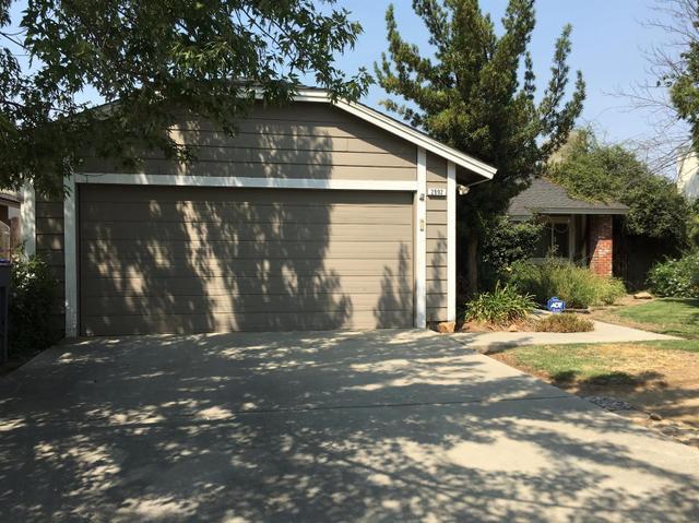 2992 Sylmar Ave, Clovis, CA 93612