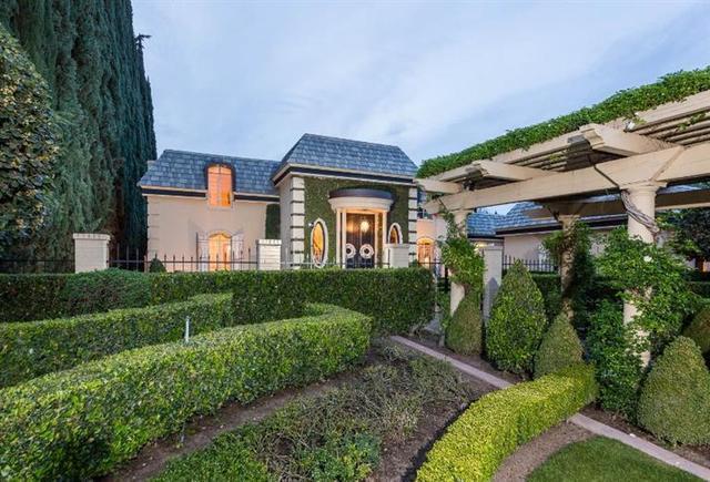 Loans near  W Buena Vista Ave, Fresno CA