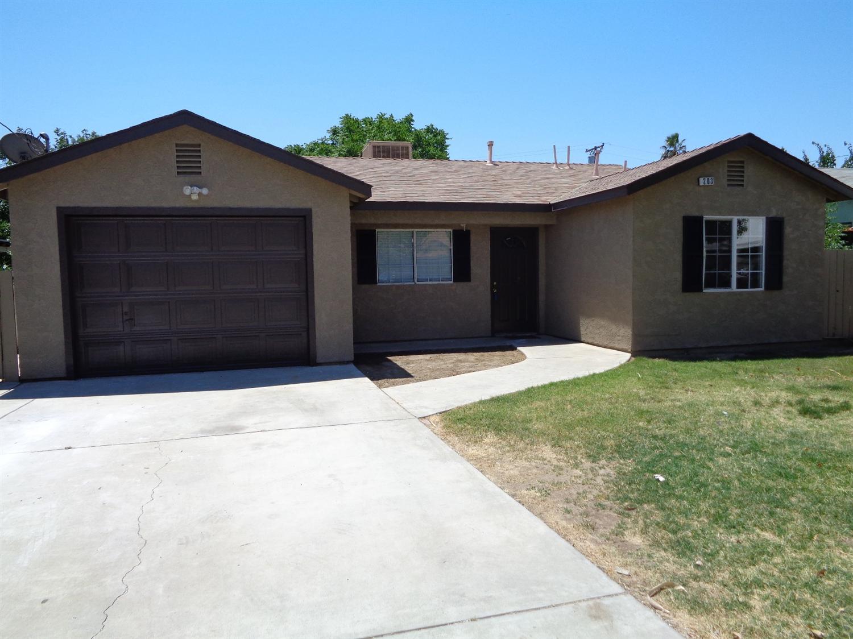 203 E 2nd St, Hanford, CA 93230