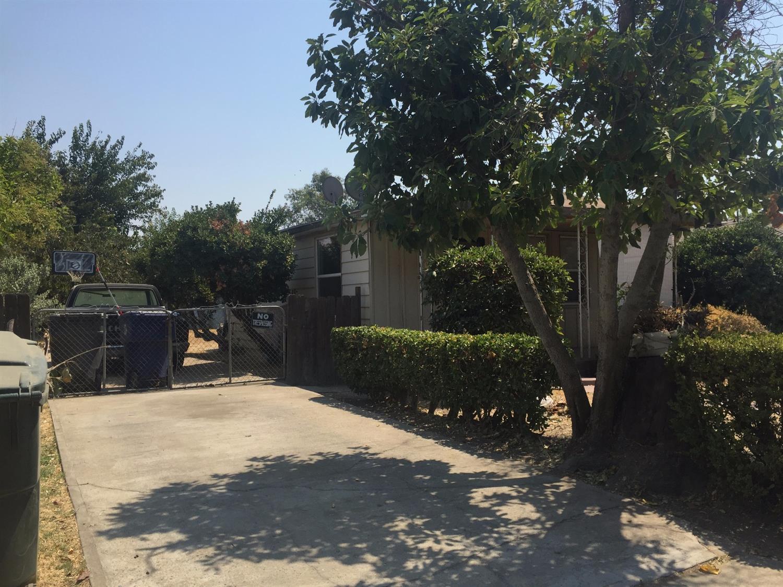 107 Santa Cruz Street, Madera, CA 93637