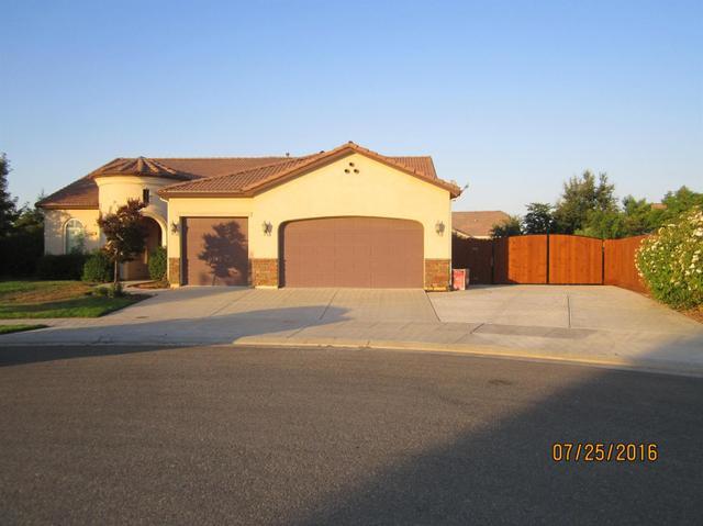 3367 Sussex Ave, Clovis, CA 93619