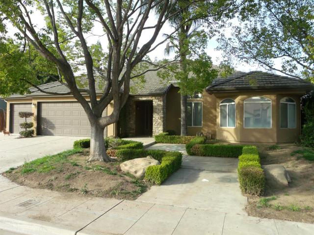 651 W Birch Ave, Clovis, CA 93611