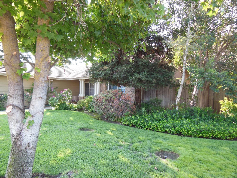2834 Mitchell Avenue, Clovis, CA 93611