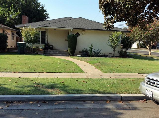 1641 W Robinson Ave, Fresno, CA 93705