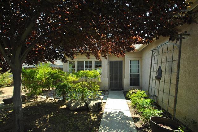 6557 E Platt Ave, Fresno, CA 93727