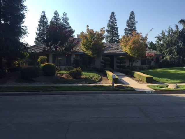 219 W Audubon Dr, Fresno, CA 93711