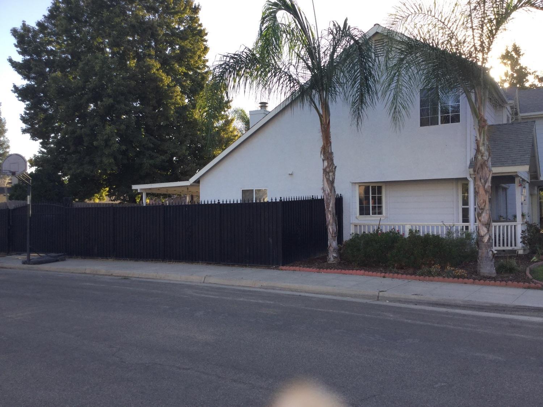 5353 W Wathen Avenue, Fresno, CA 93722