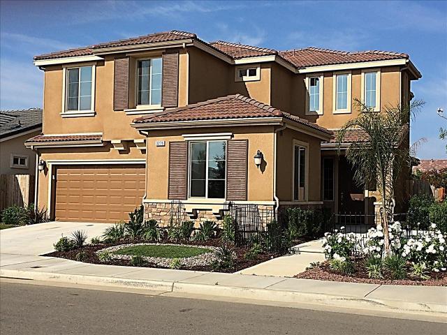 3276 Carmelita Ave, Clovis, CA 93619