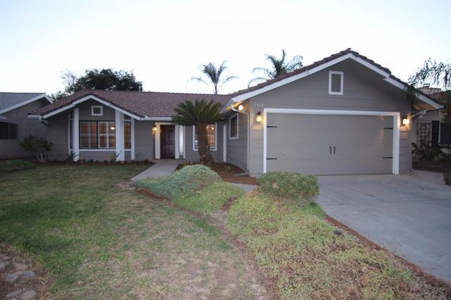 6295 N Gilroy Ave, Fresno, CA 93722