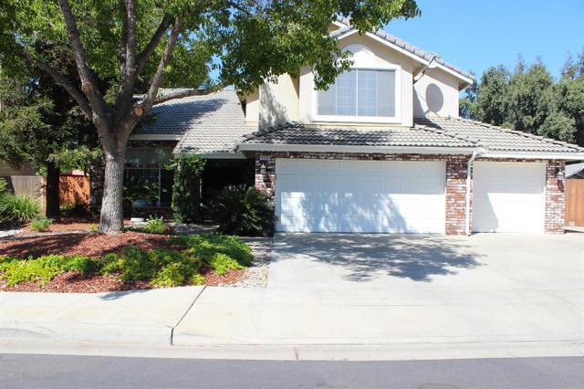 2593 Scott Ave, Clovis, CA 93611