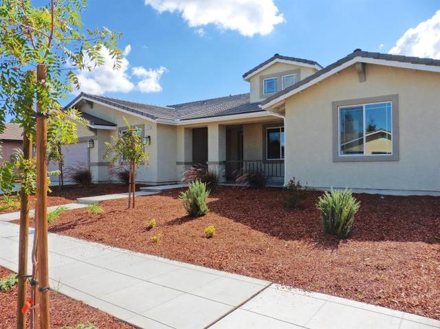 2319 E Jefferson Ave, Reedley, CA 93654