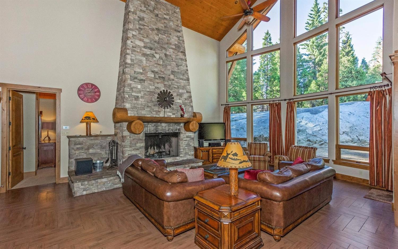 42235 Summit Creek Lane, Shaver Lake, CA 93664