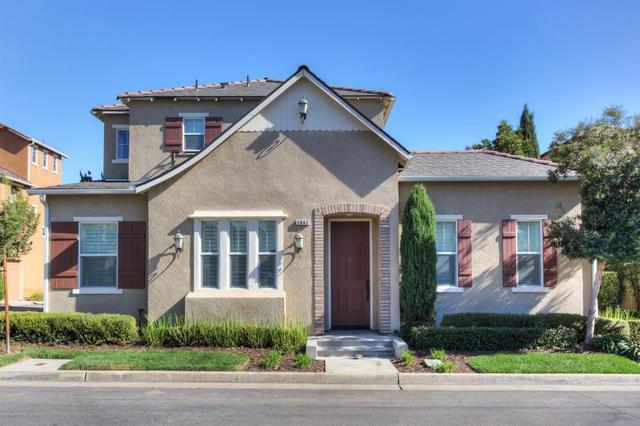 3862 Trenton Ln, Clovis, CA 93619