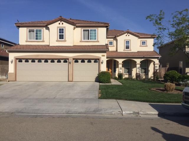 2305 S Rogers Ln, Fresno, CA 93727