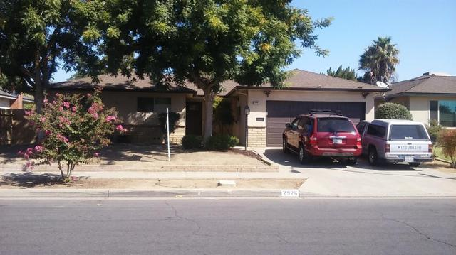 2526 W Griffith Way, Fresno, CA 93705