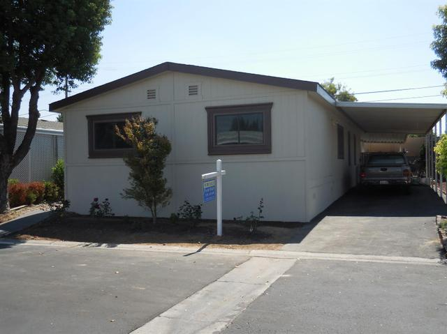 221 W Herndon Ave #91, Pinedale, CA 93650