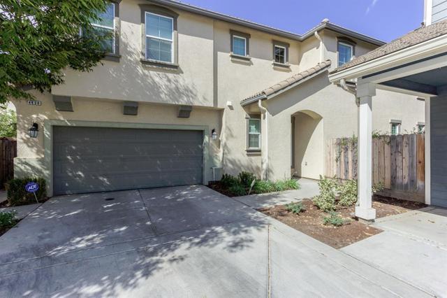 4430 W Artemisa Dr, Fresno, CA 93722